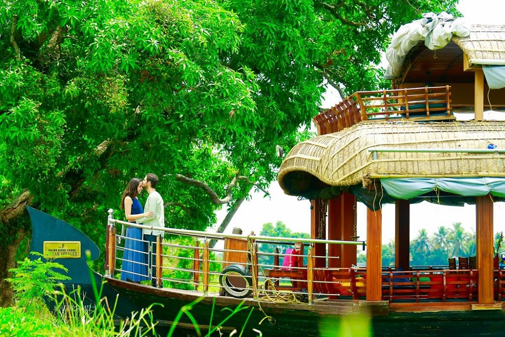 kerala tourism honeymoon packages