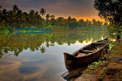 Kerala HouseBoat Package
