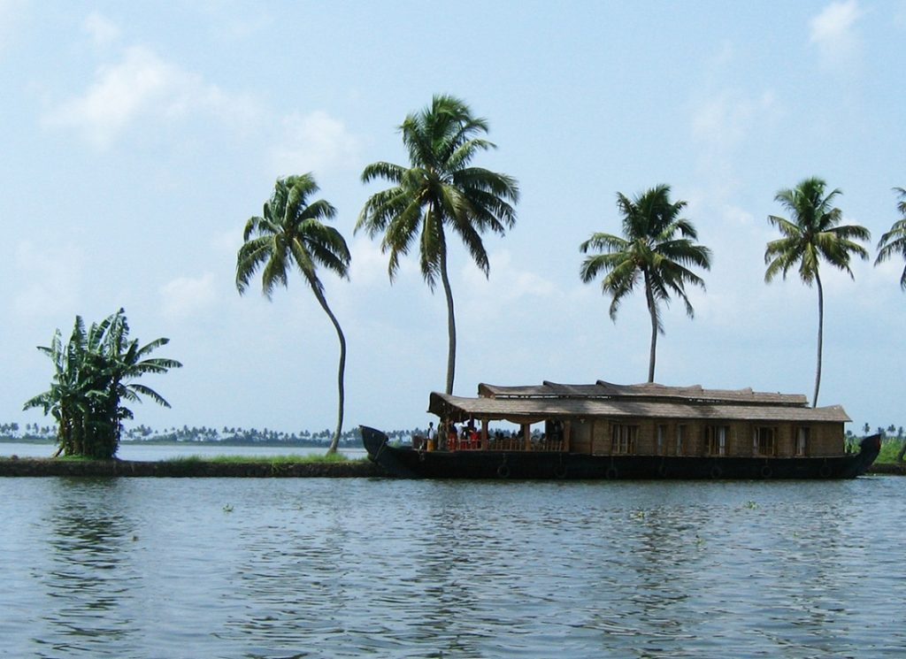 Kerala backwater tour packages price